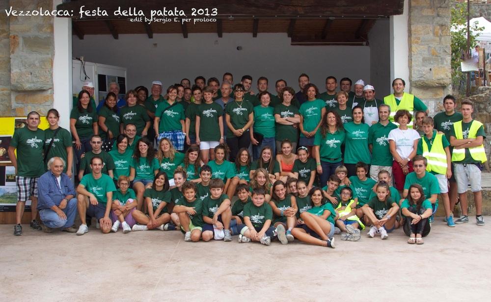 alcuni volontari della proloco di Vezzolacca 2013