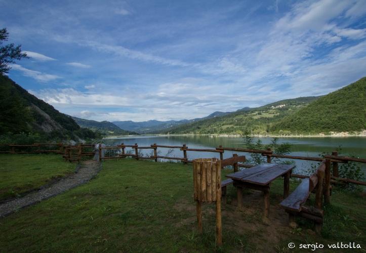 area picnic zona iniziale del lago
