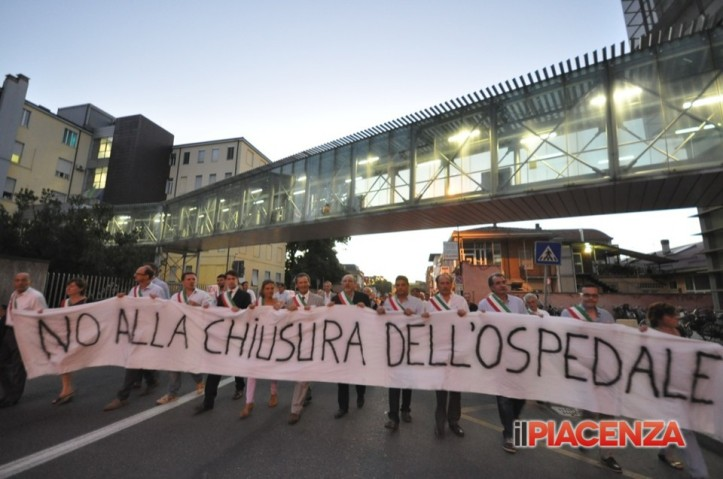 Fiorenzuola, corteo contro la chiusura dell'ospedale ©Bisa_ilPiacenza