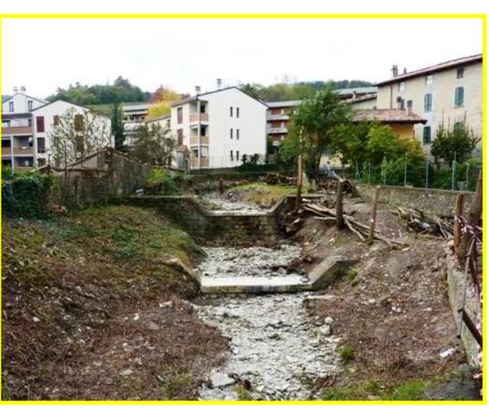 Alpini puliscono rio montà3