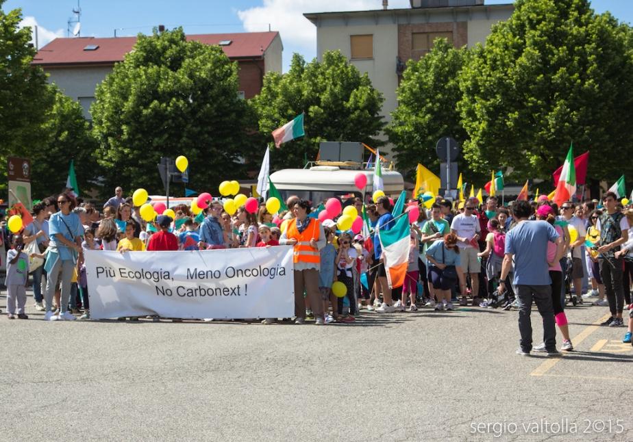 Valtolla: ieri in mille per dire No al carbone da rifiuti (fotoarticolo)