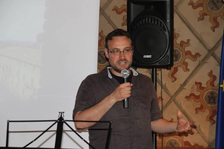 Giacomo Galli, autore di un saggio sulla rivista