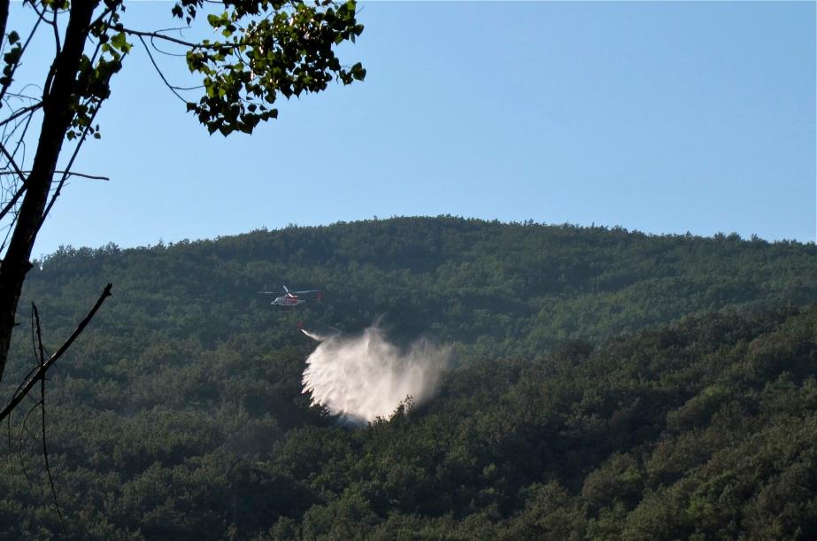 venerdì 23 pomeriggio incendio alla diga IMG_1331_2